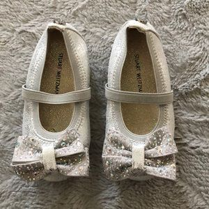 Baby girl dress shoes!